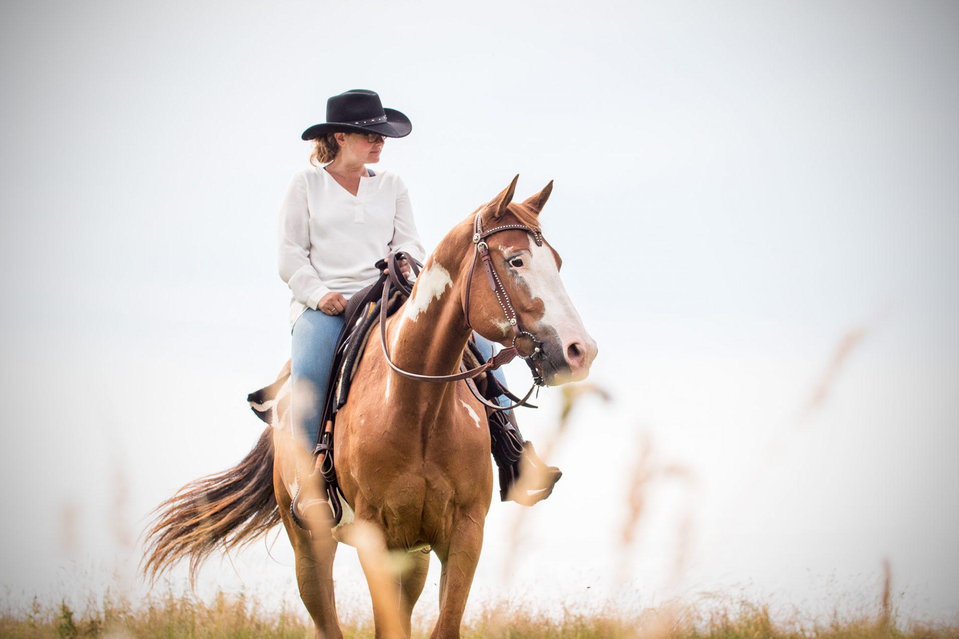 Quarter Horse Western Cowgirl Love Portrait Fotos